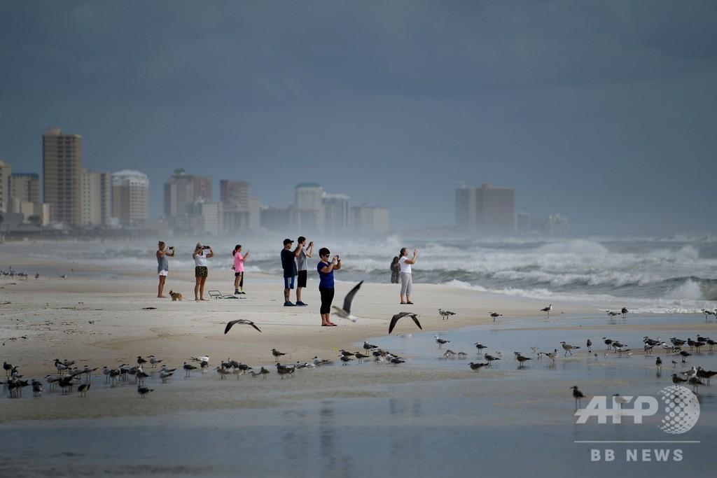 ハリケーン「マイケル」、「非常に危険な」レベルに発達 米上陸へ