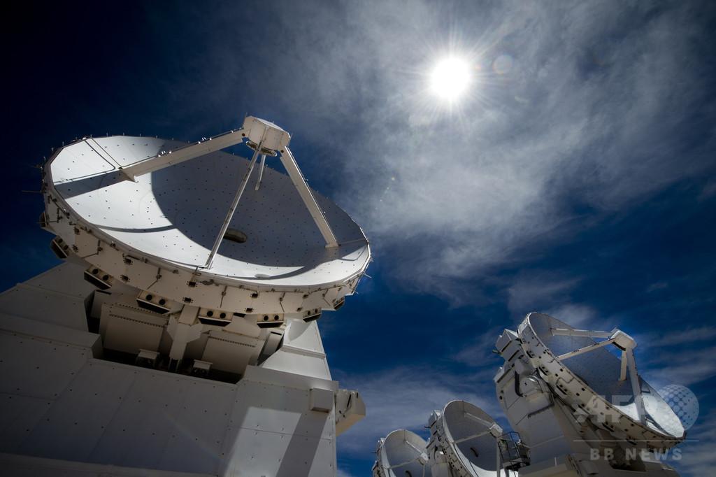 ブラックホール、史上初めて撮影に成功か 電波望遠鏡で一斉観測