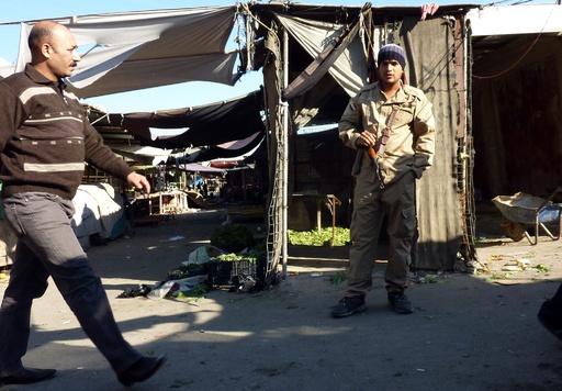 教会近くの市場で爆発、35人死亡 イラク首都