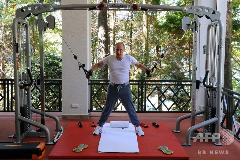改革派から強硬派へ、プーチン氏の20年 スターリン以来の長期政権
