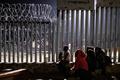 米で拘束の7歳グアテマラ人少女死亡、数日間水や食べ物口にせず 米紙報道