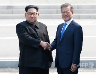 南北首脳会談、9月開催で合意 写...