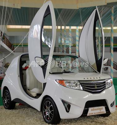 カンボジア初の国産EV「アンコール」