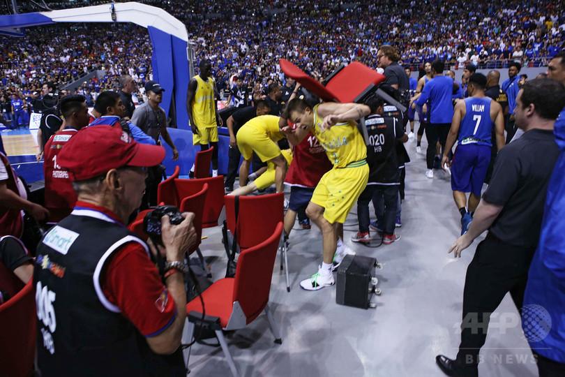 バスケ豪代表「身の危険を感じた」 W杯予選での大乱闘で大使館に助け求める