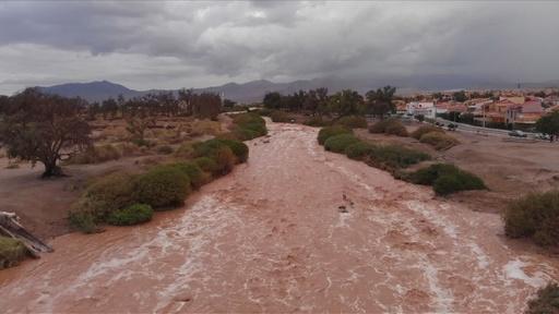 動画:世界一乾燥した地、チリ・アタカマで水害 現場の空撮映像
