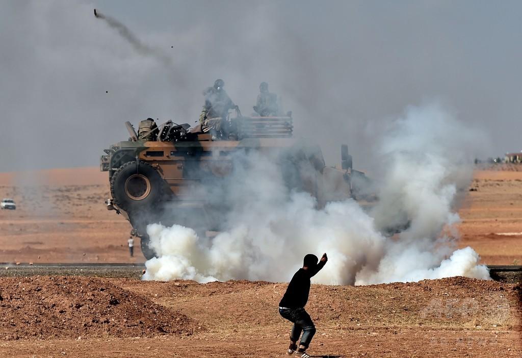 トルコ国境のシリア要地に陥落の危機、トルコ大統領は地上戦示唆