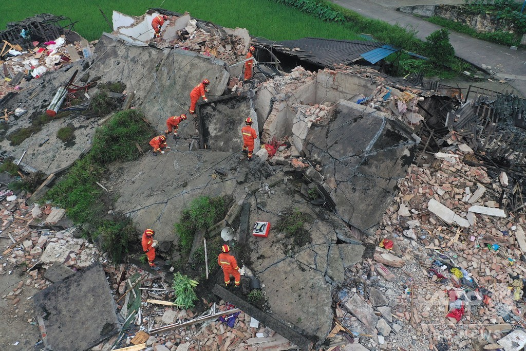 四川・長寧でM6の地震 12人死亡、134人けが