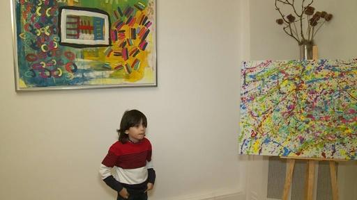 動画:数百万円の作品も、7歳の天才少年が絵画展 独ベルリン