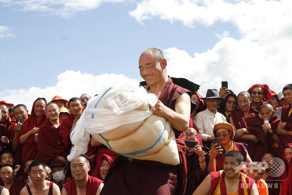 チベット仏学院で第1回運動会、垣間見える健康な学校生活
