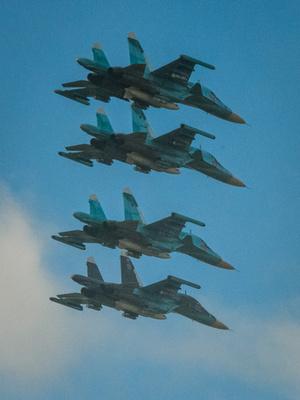 ロシア軍戦闘機2機、日本海上空で衝突 爆弾は搭載せず