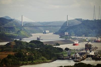 米国、パナマに放置した化学爆弾を年内に処理