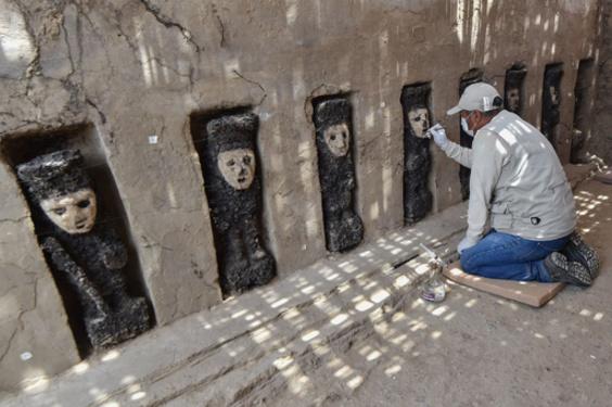 先コロンブス期の木像、ペルーの遺跡から出土