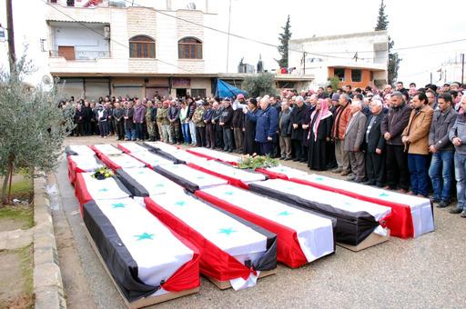 シリア内戦の死者、15万人超える NGO発表