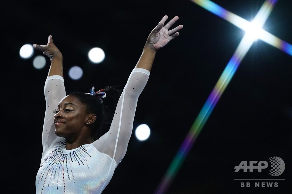 女王バイルスが個人総合5度目のV、世界体操16個目の金