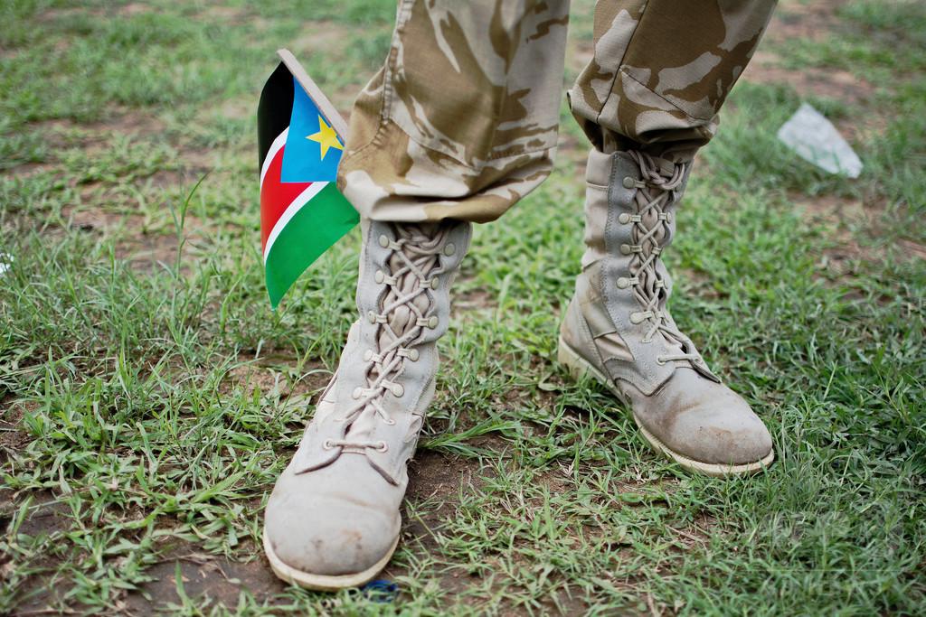 南スーダン軍が「少女をレイプし焼殺」 国連報告