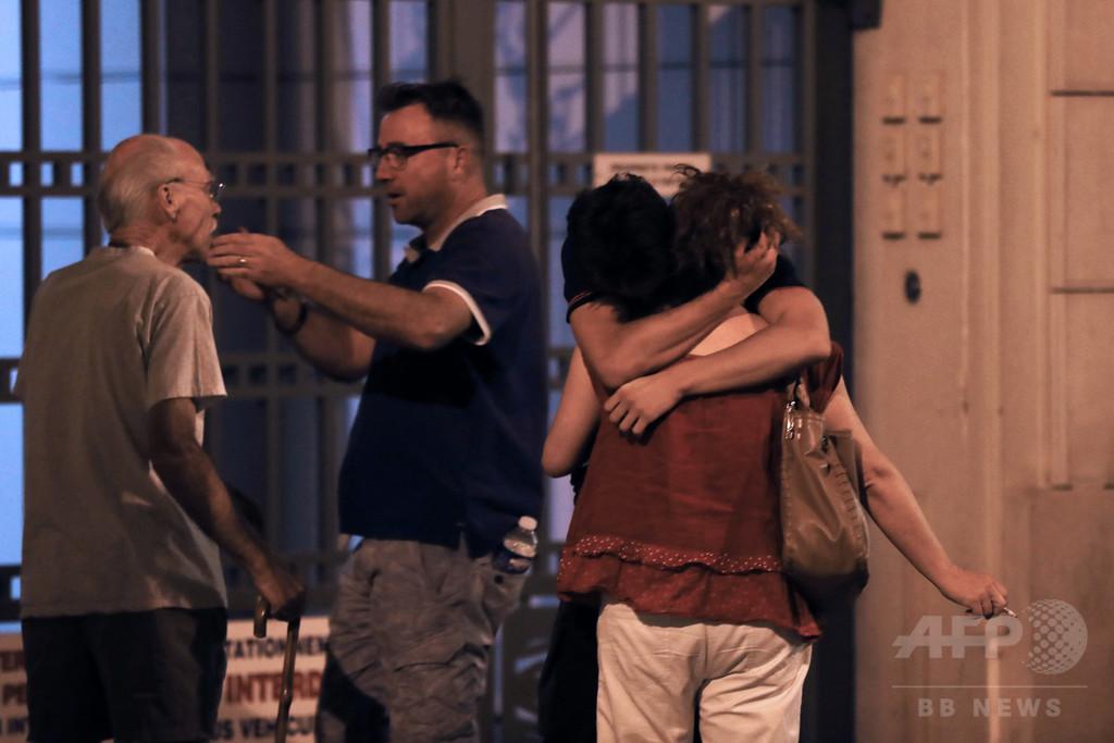 ニース突入事件、チュニジア系の男が関与か 身分証見つかる