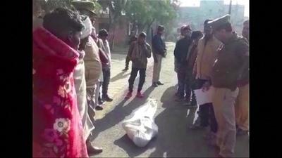 動画:密造酒で99人死亡、逮捕者3000人との報道も 印北部
