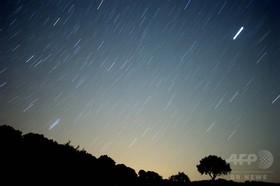 豪州で巨大隕石の衝突跡を発見、幅400キロ 3億年以上前に落下か