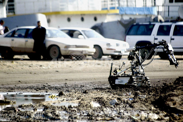 複数の路上爆弾で米兵7人死亡、米死者数が3068人に - イラク