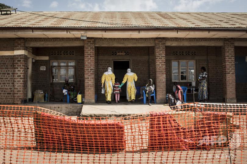 コンゴのエボラ出血熱感染78人、パキスタン・カーン氏、遣唐使から21世紀まで、「異性と握手しない」、