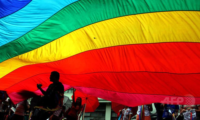 ゲイ向け人気アプリ「Grindr」にボイコットの声 HIV情報を外部共有