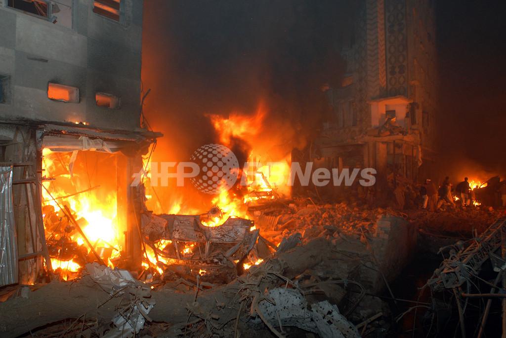 パキスタン北西部で爆弾が爆発、死傷者多数
