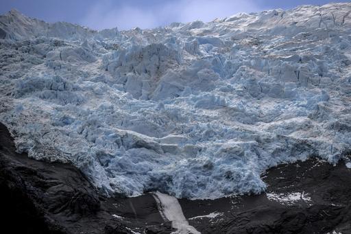 世界最南端 ボートに乗って30時間、230kmの「氷河の旅」