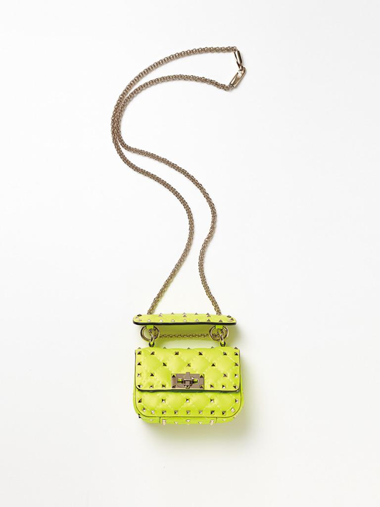 <人気ブランドの最新財布&レザー小物>ヴァレンティノ ガラヴァーニ