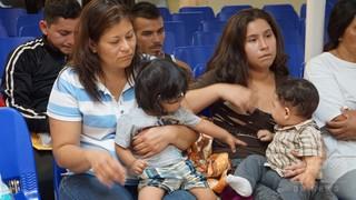 引き離された移民親子、再会のためDNA検査実施 米厚生省