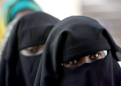 チャド、「ブルカ」着用を全土で禁止 ボコ・ハラムの攻撃を警戒