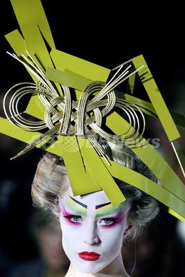 <07年春夏パリ・オートクチュールコレクション>クリスチャン・ディオール、新作を発表