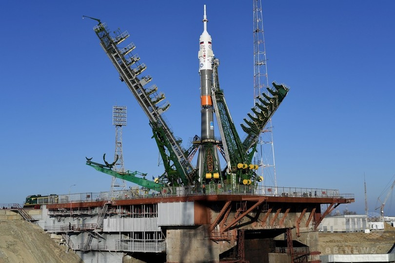 ISSへの発射準備、仏露米の飛行士3人が搭乗へ カザフスタン