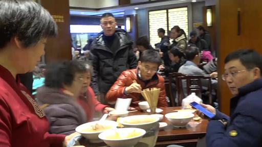 動画:揚子江の「刀魚」しばし食卓からお別れ しかし「刀魚汁麺」は生き続ける