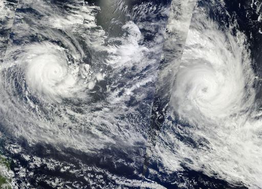 サイクロン直撃のフィジー、国際救援活動始まる