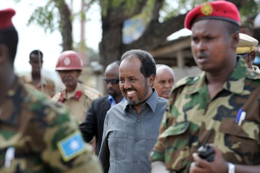 アルシャバーブ、ソマリア大統領官邸に大規模攻撃