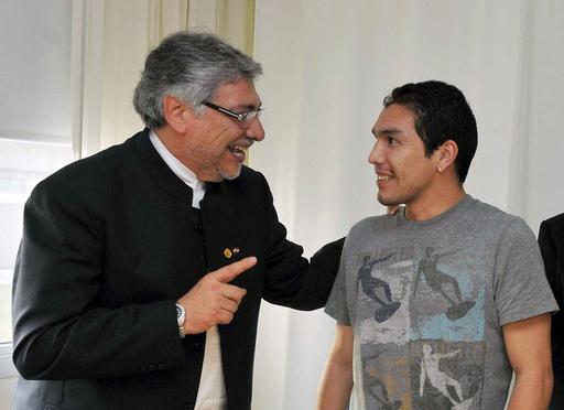 パラグアイ バリオスを初招集、頭部を撃たれたカバニャスは選外