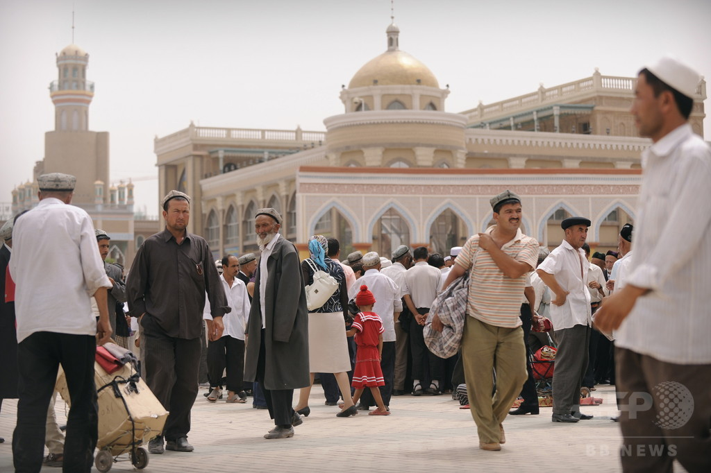 新疆ウイグル自治区の一部地区住民、旅券申請でDNA提出義務化