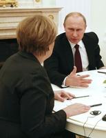 ウクライナ和平めぐり独仏露の首脳が会談、共同文書作成で合意