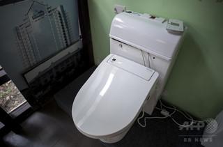 女子トイレの壁の裏に遺体、カナダの商業施設