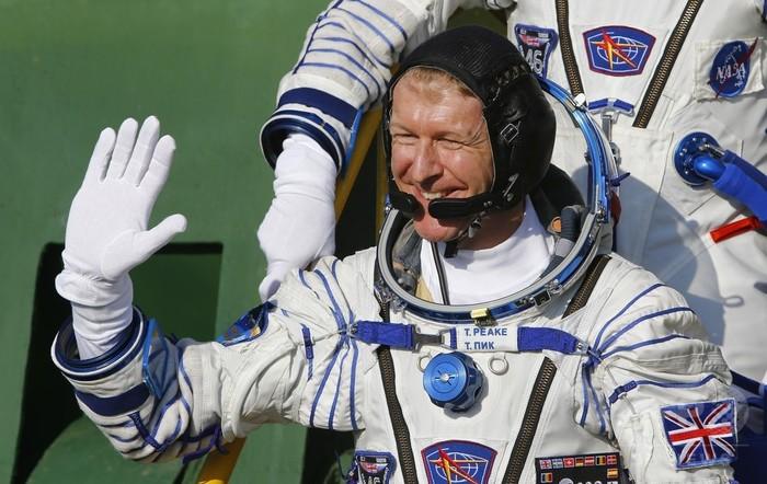 英宇宙飛行士、ISSから間違い電話