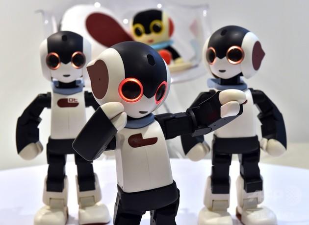 ロボットとのひととき、銀座に「Robi Cafe」オープン