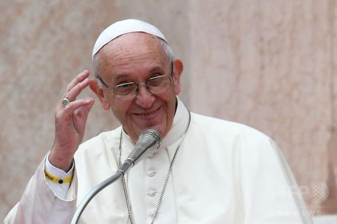 収容施設の受刑者2人、法王との昼食利用し脱走 伊ボローニャ
