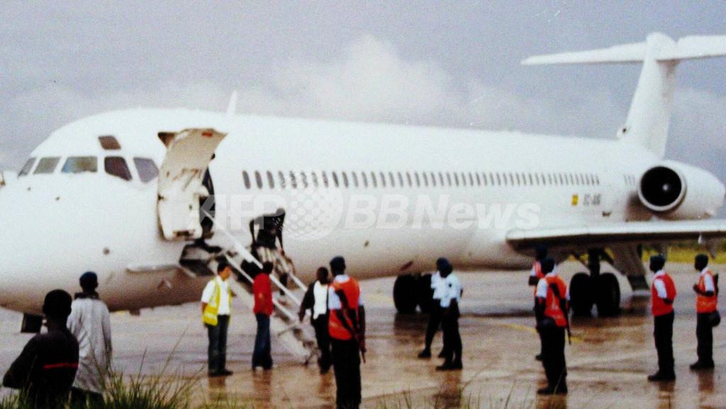 スペイン入国管理局、不法入国として448人を強制送還 - セネガル