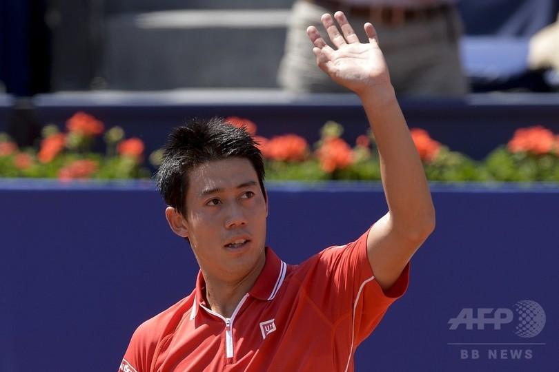 錦織、ストレートでヒラルド下し8強 バルセロナ・オープン