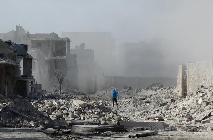 シリア内戦の死者、1月末時点で13万6000人超