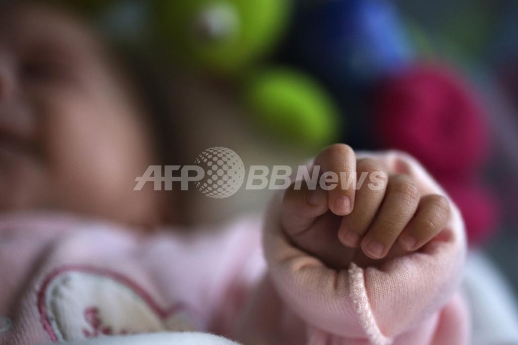 体外受精を「3人の親」で、 英が新技術の実用化を検討