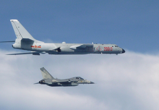 台湾が国防報告書発表、中国軍の演習は「甚大な脅威」戦力格差にも言及