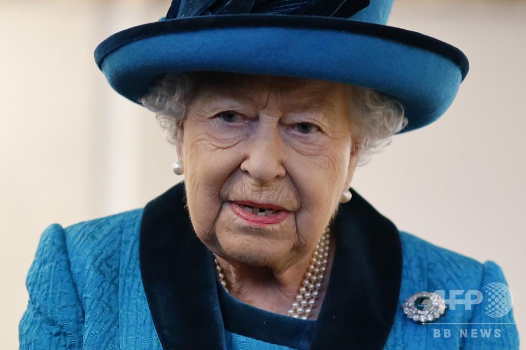 英エリザベス女王、EU離脱法案を裁可