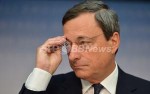 欧州中銀、債務危機国の国債買い入れへ 1~3年債を無制限に