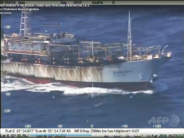 アルゼンチンが中国漁船を撃沈、拍手喝采した国は?